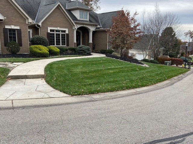 Residential Lawn Maintenance Cleves & Delhi, OH